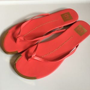 New Dolce Vita hot pink & gold sandals